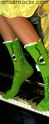 K. Bell Wide Mouth Alligator Green Novelty Crew Socks (Calf Socks)
