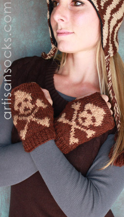 Skull & Crossbones Fingerless Gloves with Fleece Lining