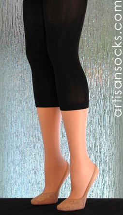 Solid Black Capri Length Plus Size Leggings